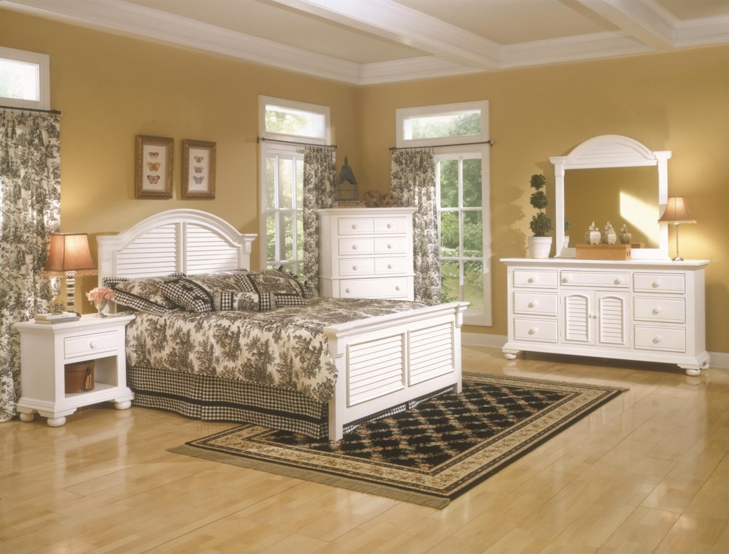 American Woodcrafters Cottage Traditions King Bedroom Group Corner