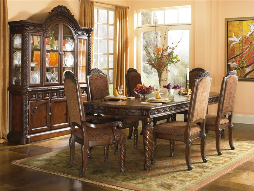 North Shore Dining Room: North Shore (D553) By Millennium
