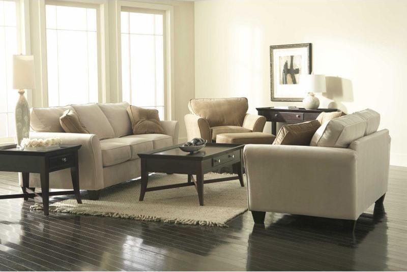 Maddie by Broyhill Furniture