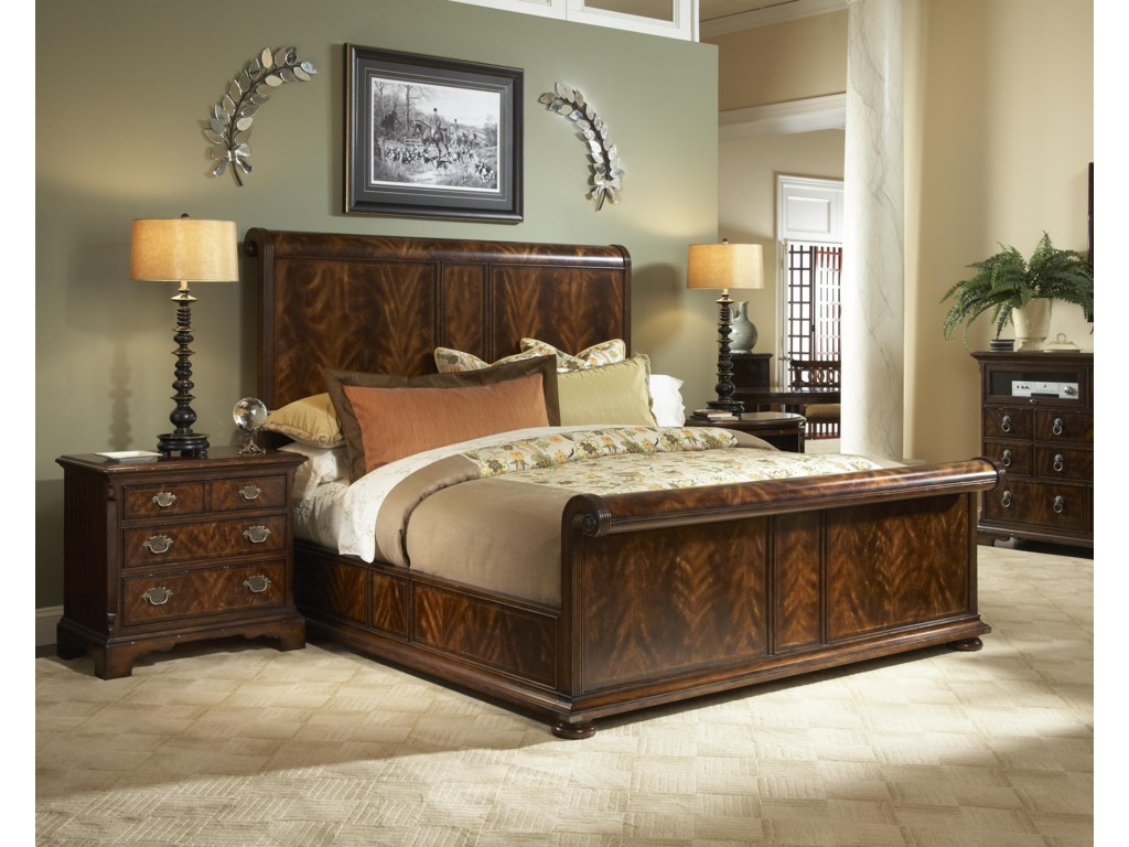 Fine Furniture Design Hyde ParkCalifornia King Bedroom Group