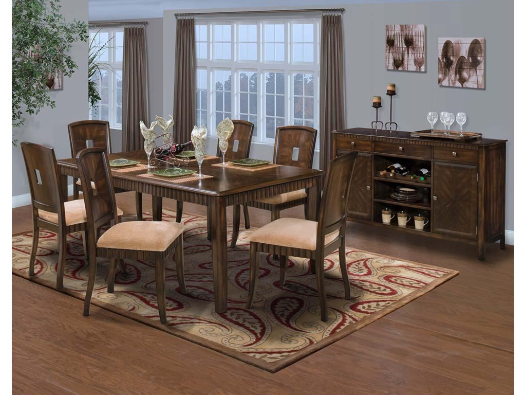 New Classic EdgemontDining Room Group