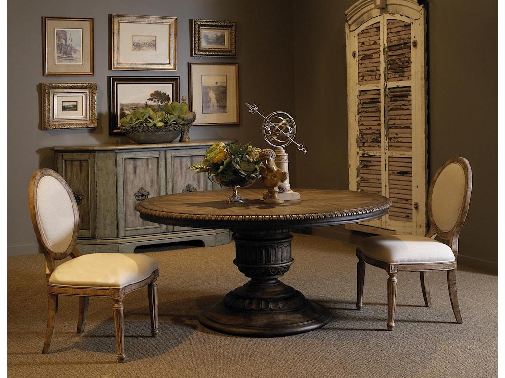 Pulaski Furniture Accentrics HomeCasual Dining Room Group