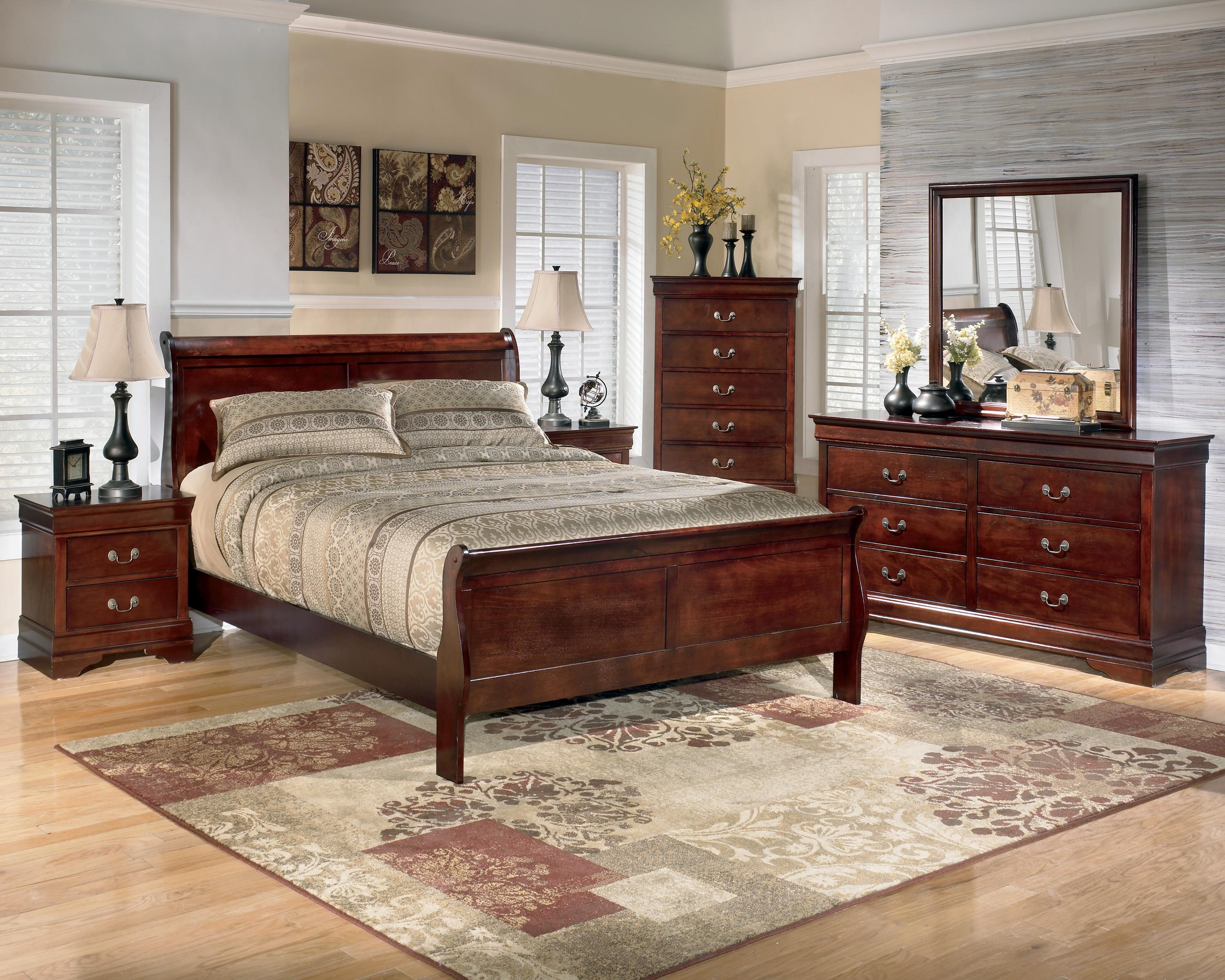5 Piece California King Bedroom Group