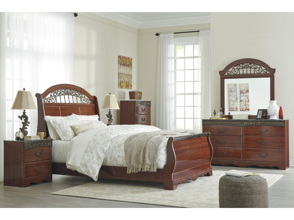Signature Design by Ashley Fairbrooks EstateQueen Bedroom Group