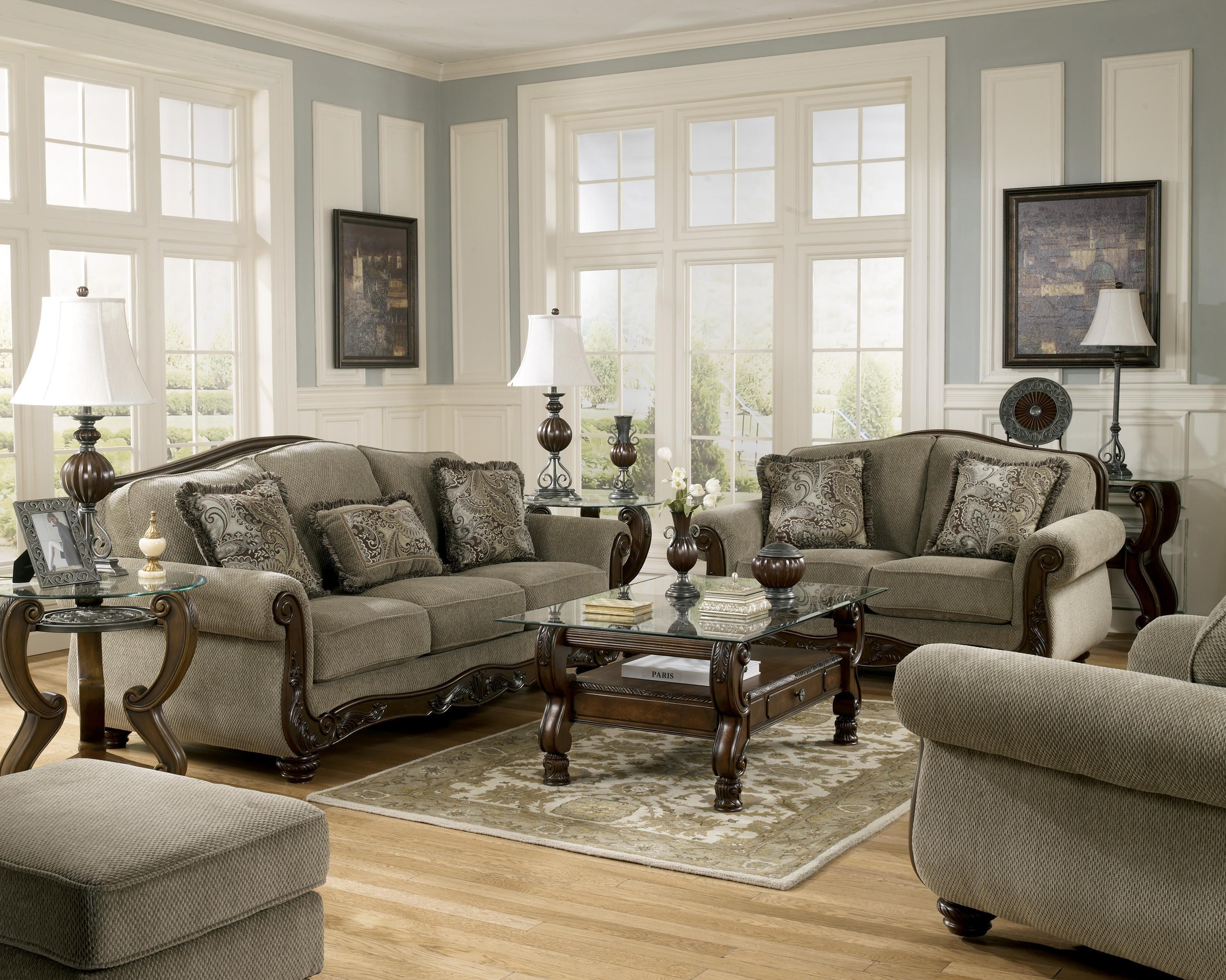 Martinsburg   Meadow By Signature Design By Ashley