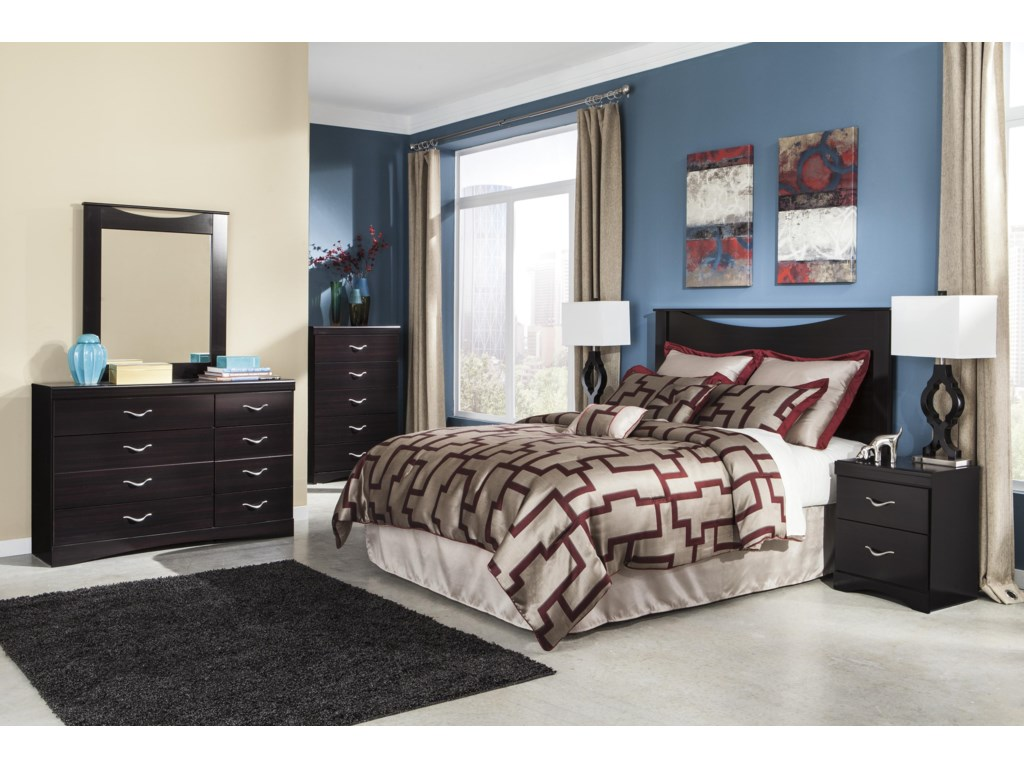 Signature Design by Ashley ZanburyQueen/Full Bedroom Group