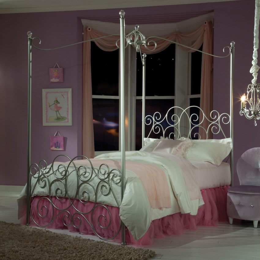 Princess Canopy Beds By Standard Furniture