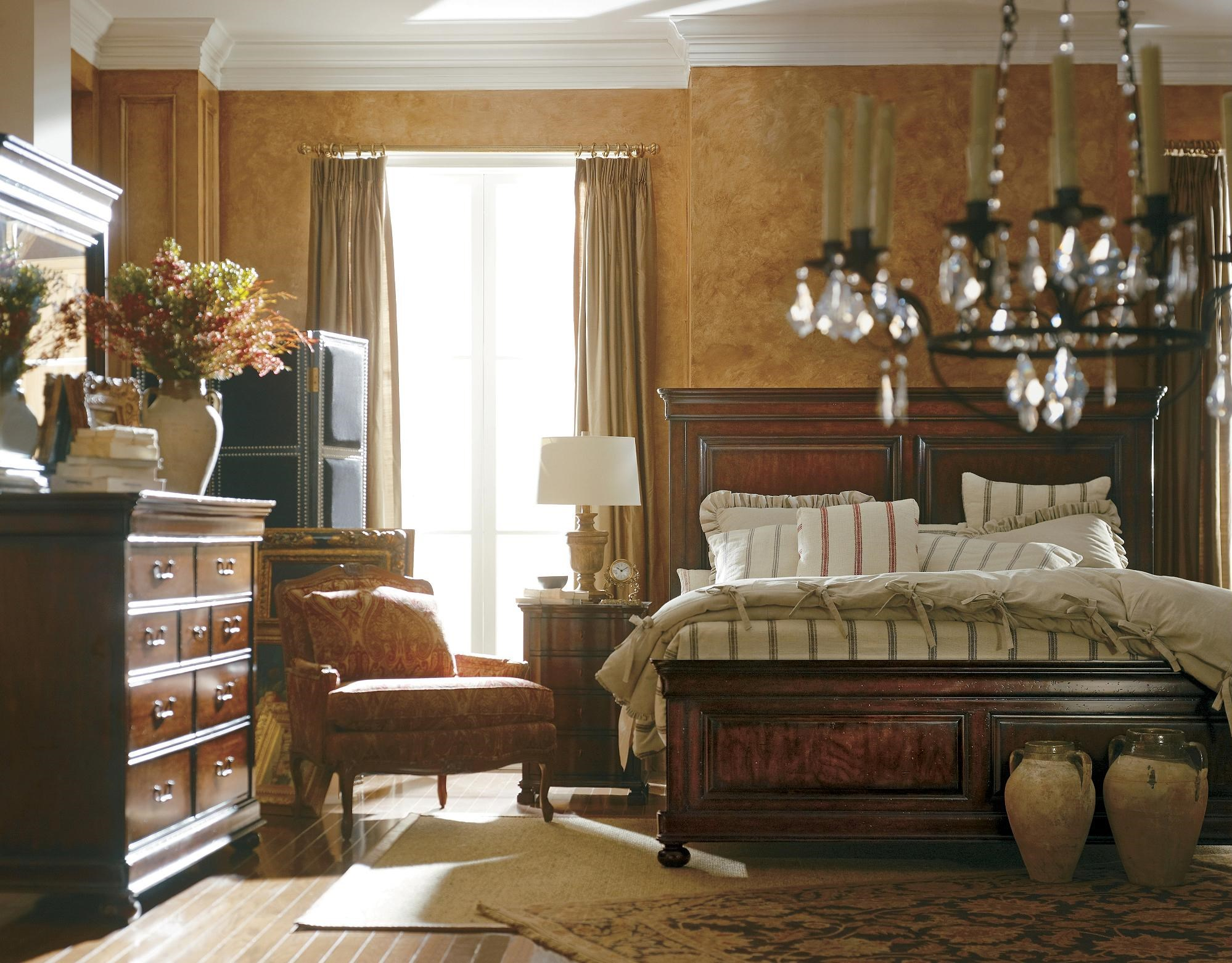 The Classic Portfolio   Louis Philippe Queen Bedroom Group By Stanley  Furniture