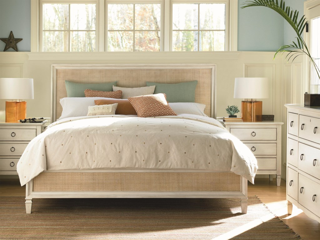 Universal Summer HillCalifornia King Bedroom Group