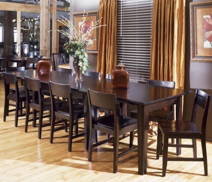 AAmerica MontrealRectangular Accordion Extension Table