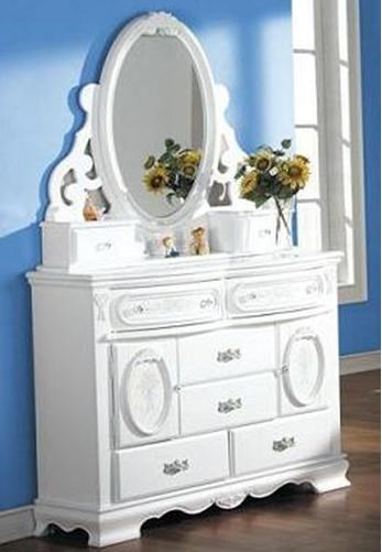 Shown with Mirror
