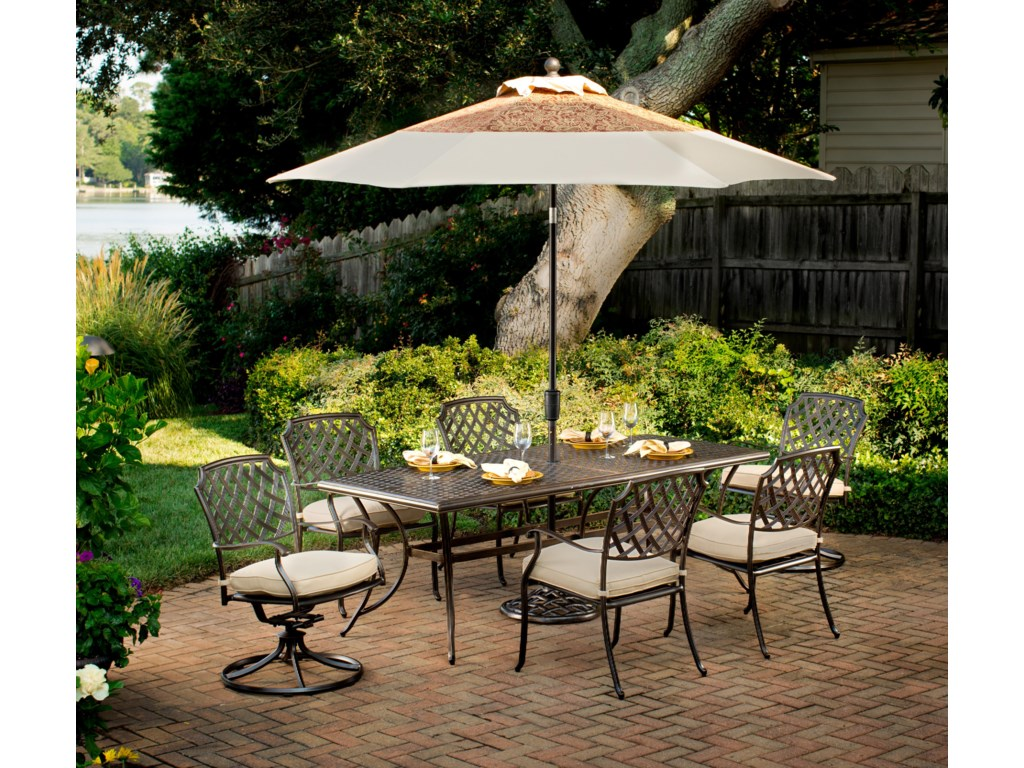 Apricity Outdoor HeritageRectangular Dining Table