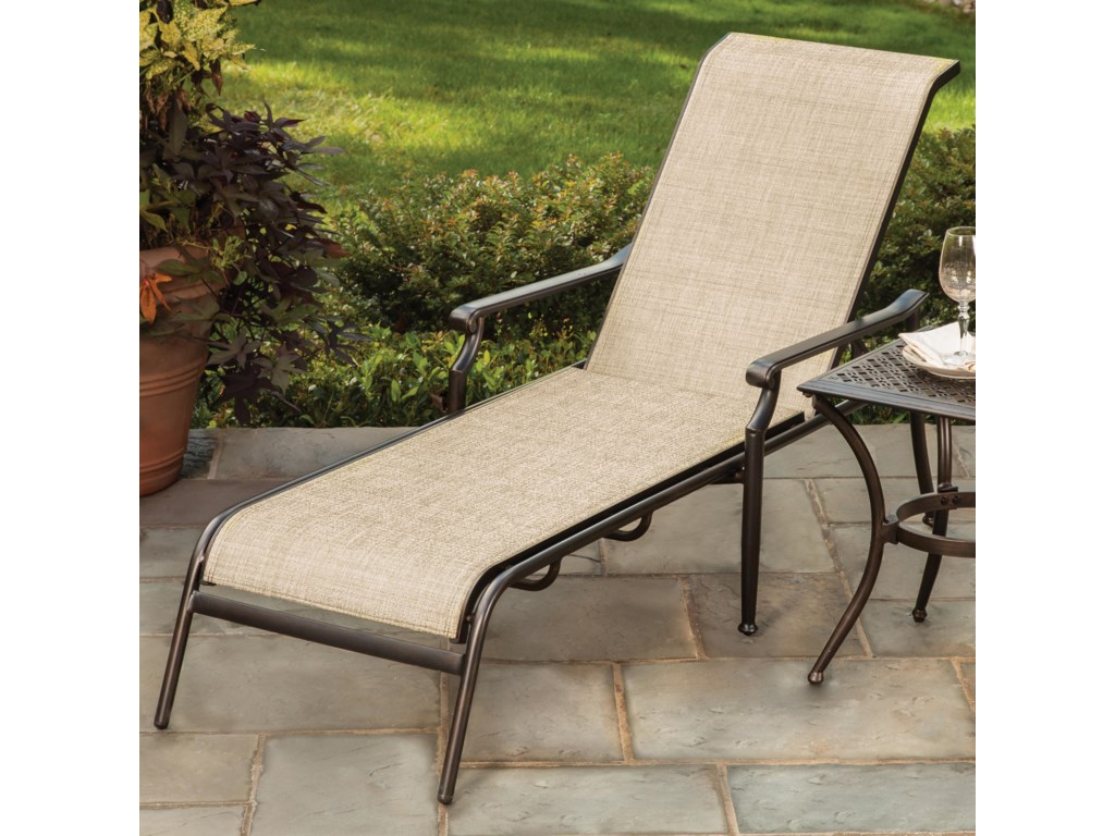 Apricity Outdoor ManhattanSling Chaise