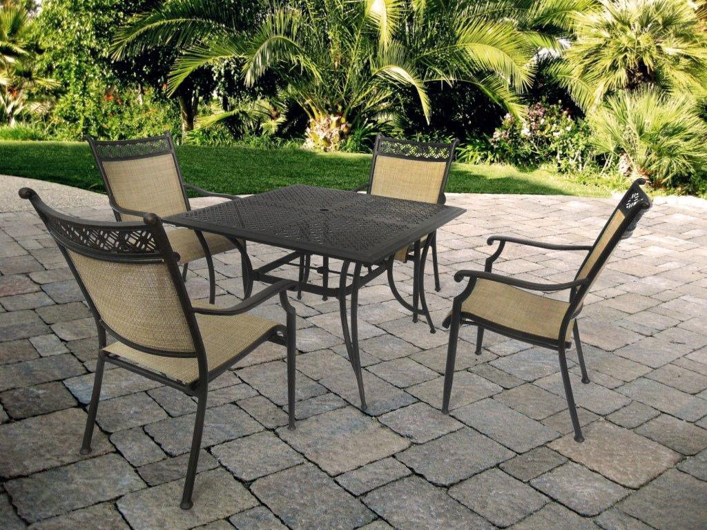 Apricity Outdoor ManhattanSquare Dining Table