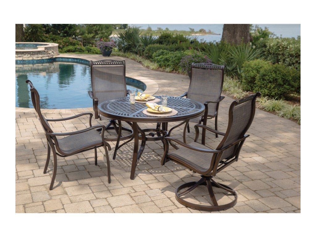 Apricity Outdoor ParkdaleRound Dining Table