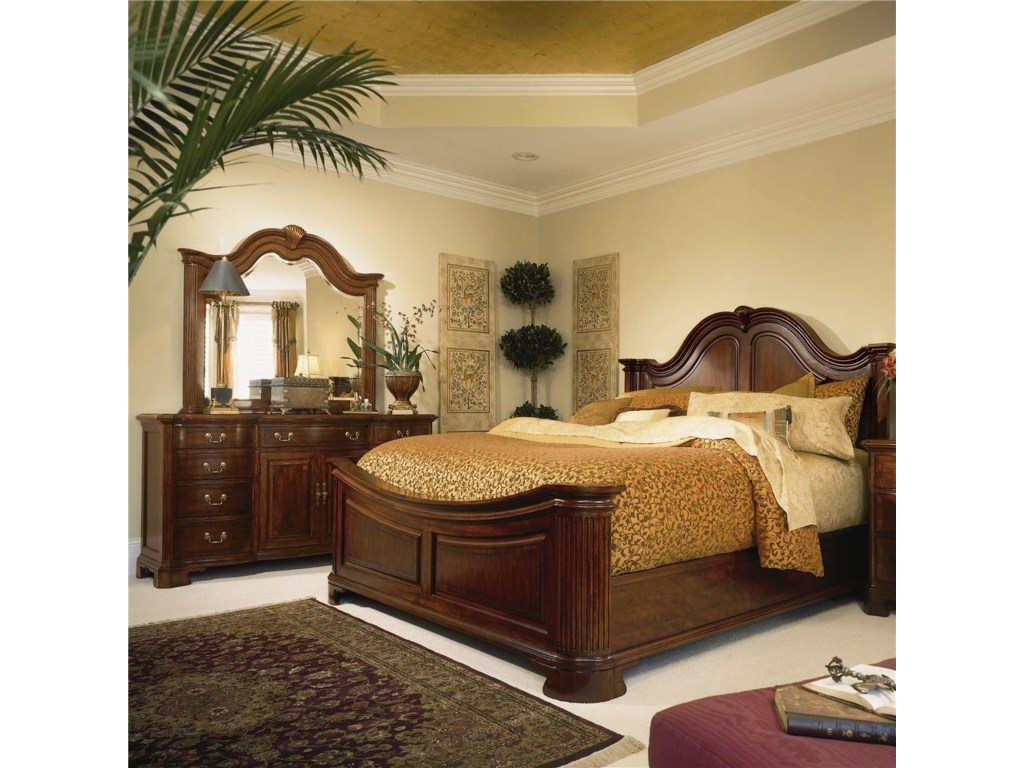 Shown with Mansion Bed and Landscape Mirror