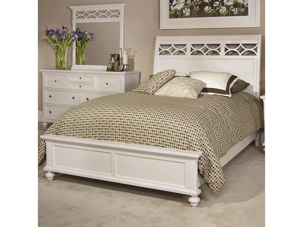 American Drew Lynn HavenQueen Sleigh Bed