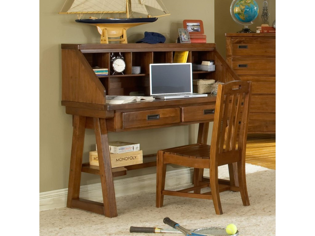 Heartland Child S Desk W Hutch By American Woodcrafters At Lindy Furniture Company