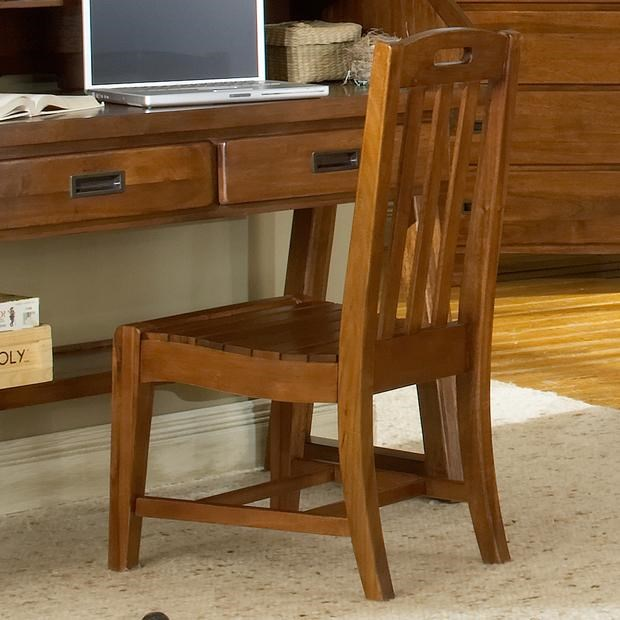 American Woodcrafters Heartland Childrenu0027s Desk Chair