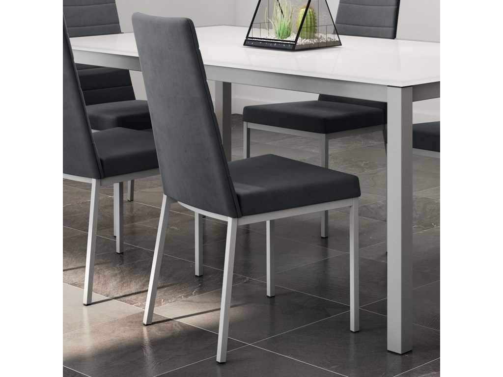Amisco UrbanLuna Side Chair