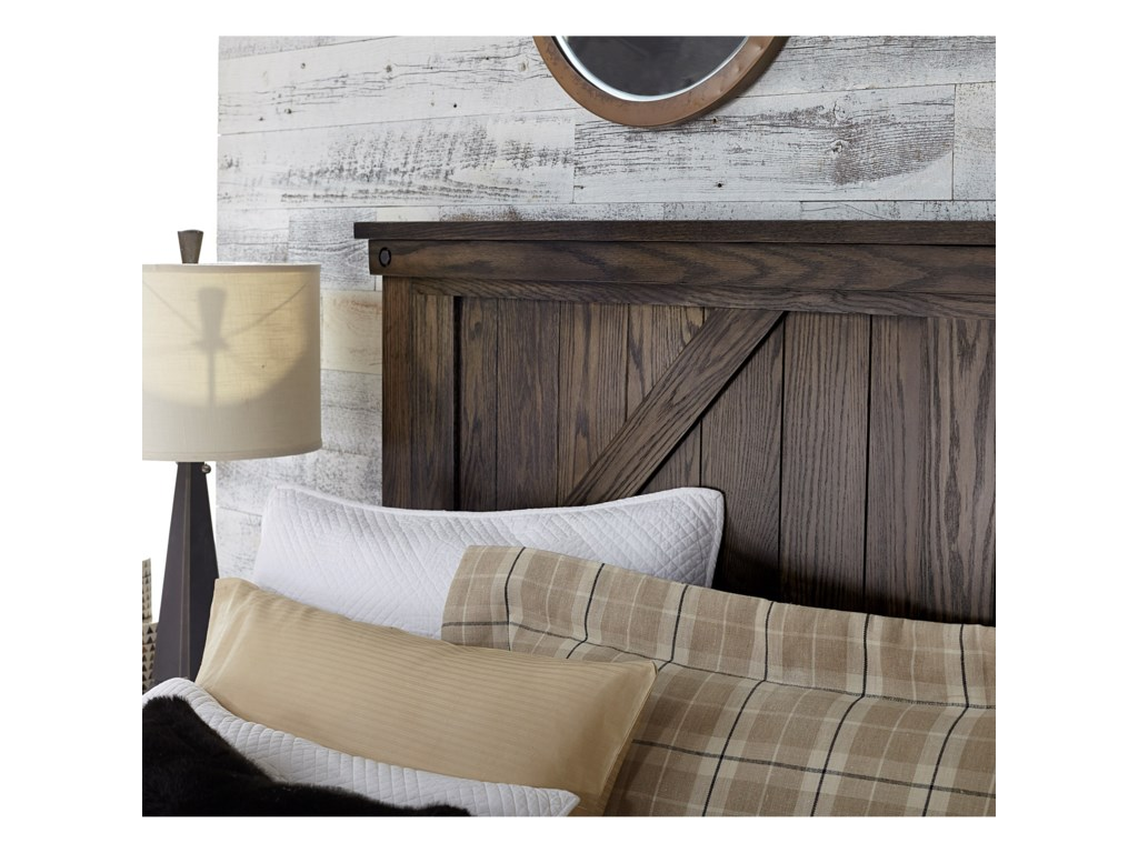 Amish Impressions by Fusion Designs Cedar LakesQueen Panel Bed