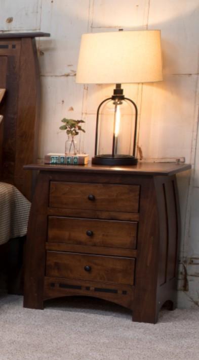 Amish 3 Drawer Nightstand