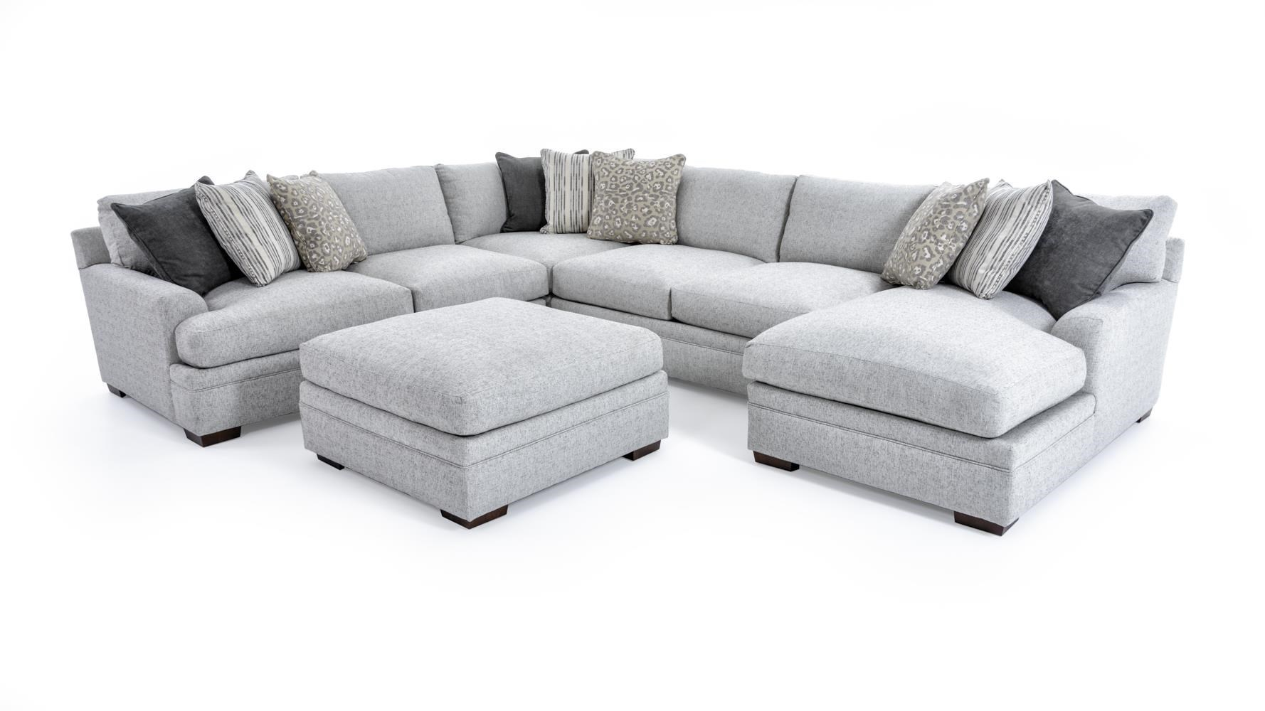 Gentil Casual Five Piece Sectional Sofa With Ottoman