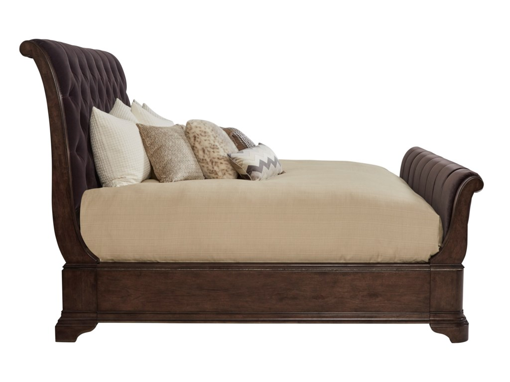 A.R.T. Furniture Inc LandmarkQueen Upholstered Sleigh Bed