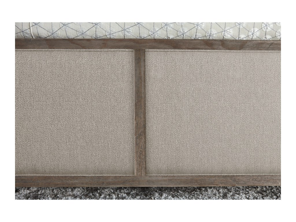 The Great Outdoors GeodeCalifornia King Amethyst Upholstered Bed