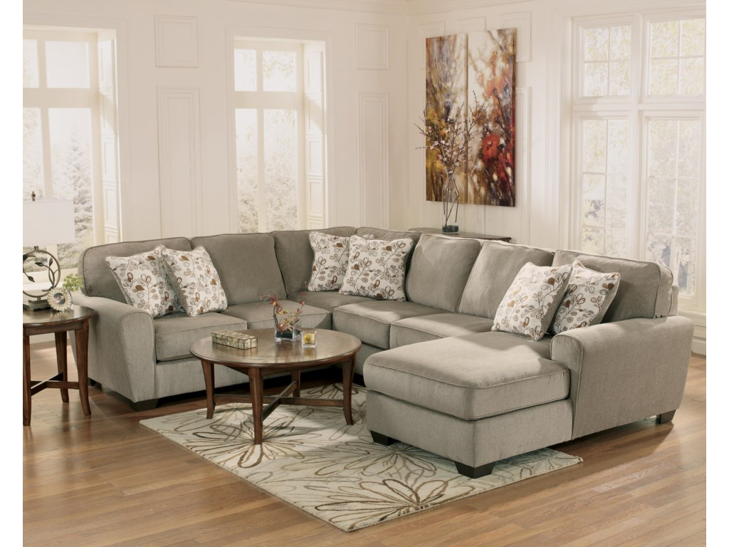 Ashley Furniture Patola Park - Patina4-Piece Small Sectional with Right Chaise