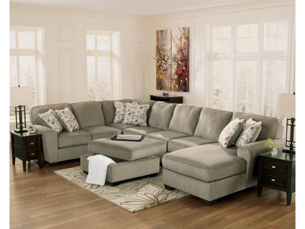 Ashley Furniture Patola Park - Patina4-Piece Sectional with Right Chaise