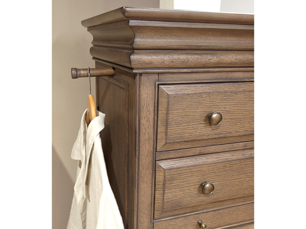 Aspenhome Arcadia5 Drawer Chest