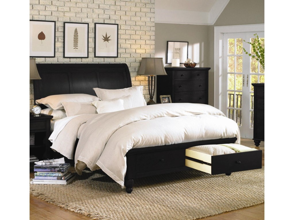 Cambridge bedroom furniture best home design 2018 for Bedroom designs with sleigh beds