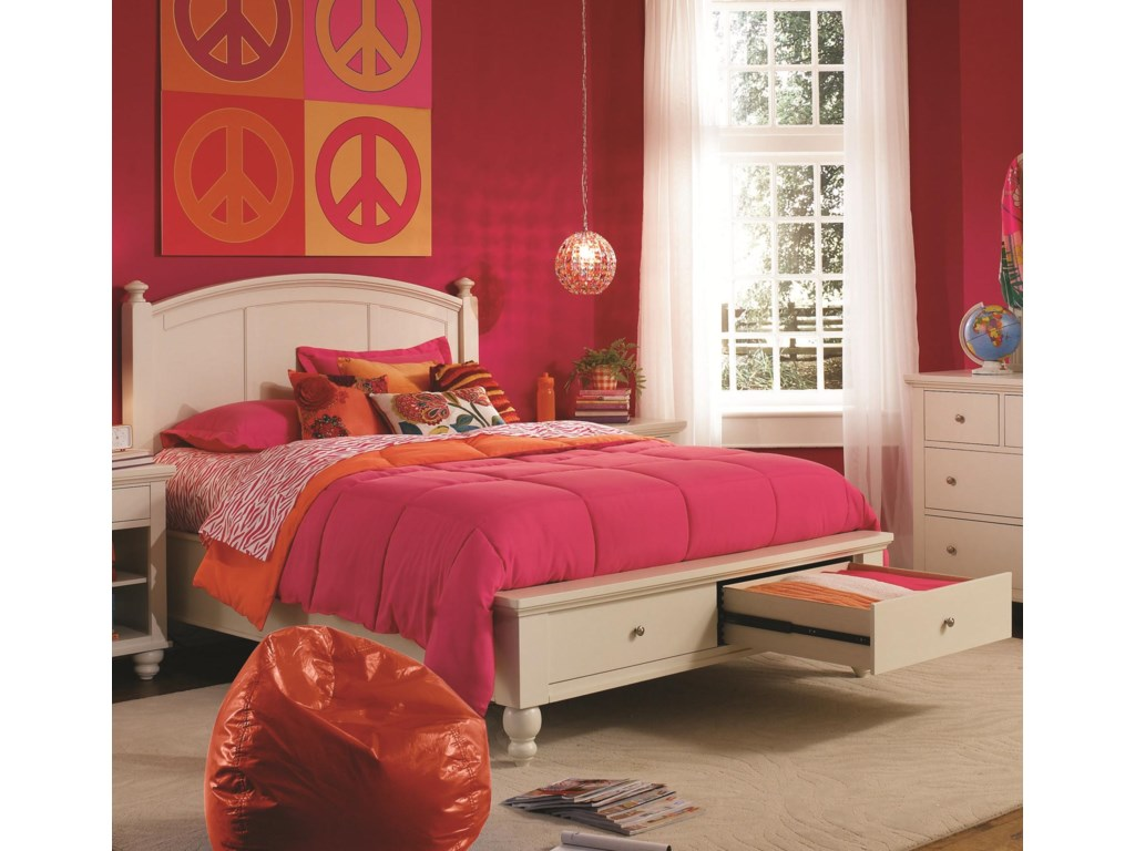 Aspenhome CambridgeKing Panel Storage Bed