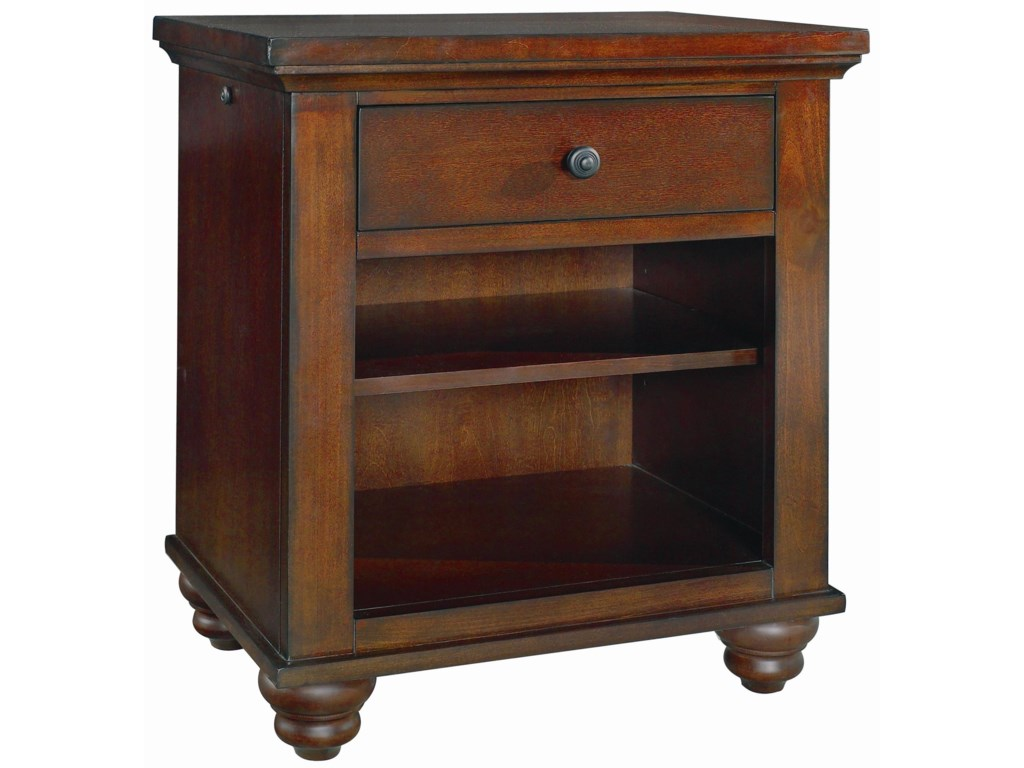 Highland Court ClintonClinton Nightstand