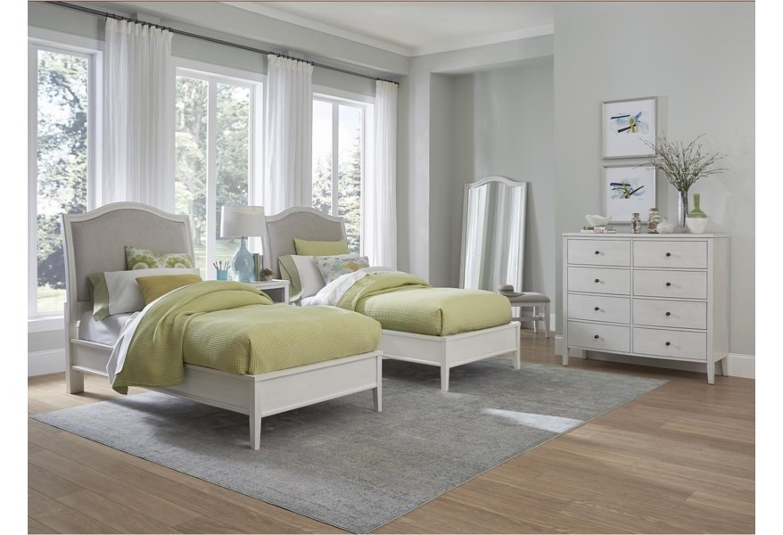 Aspenhome Charlotte I218 489 Wht Transitional 8 Drawer Chesser With Felt And Cedar Lined Drawers Baer S Furniture Dressers