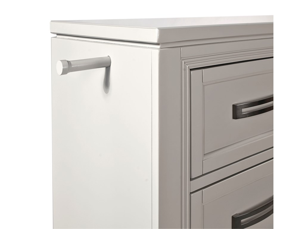 Aspenhome Hyde Park5 Drawer Chest