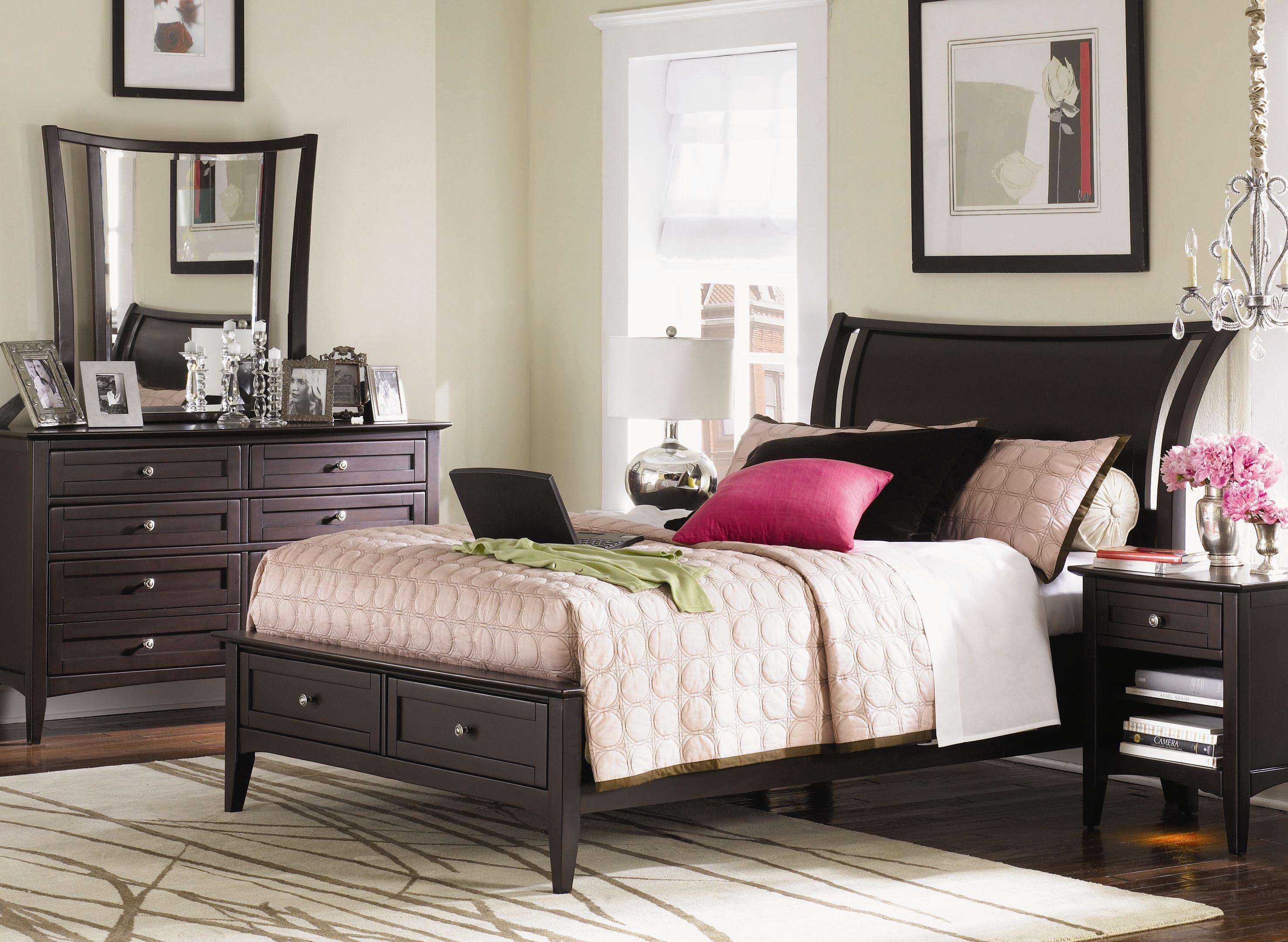 ... Aspenhome Kensington Queen Storage Bed
