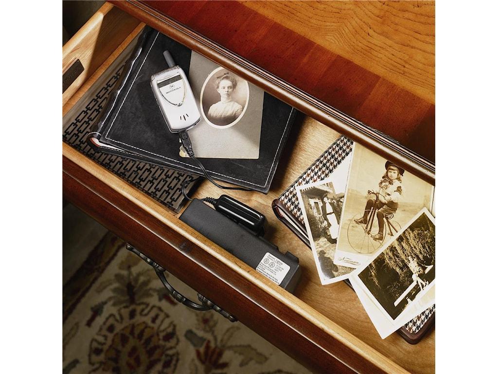Aspenhome Napa 4 Drawer Nightstand