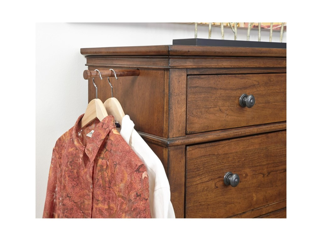 Aspenhome Oxford5 Drawer Chest