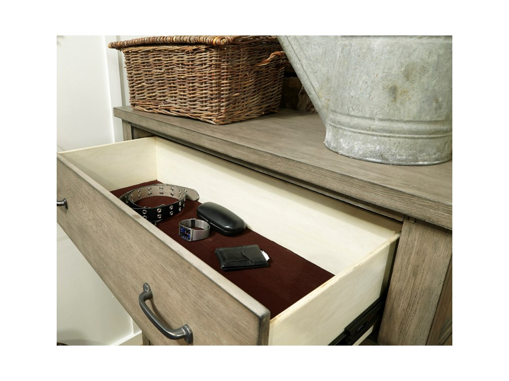 Aspenhome Tucker5 Drawer Chest