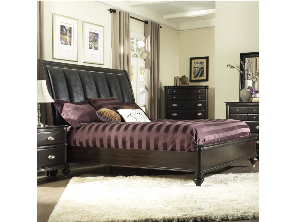 Avalon Furniture Dundee PlaceKing Panel Bed