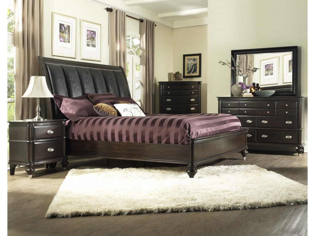 Avalon Furniture Dundee PlaceChest