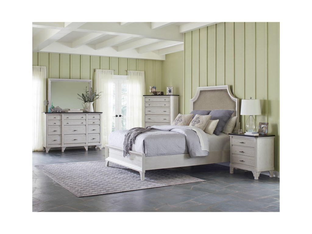 Avalon Furniture Mystic CayQueen Bedroom Group