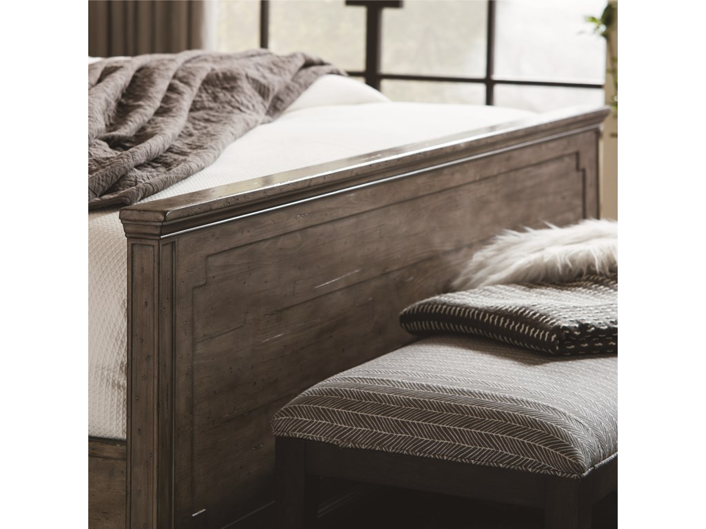 Bassett VeronaQueen Panel Bed