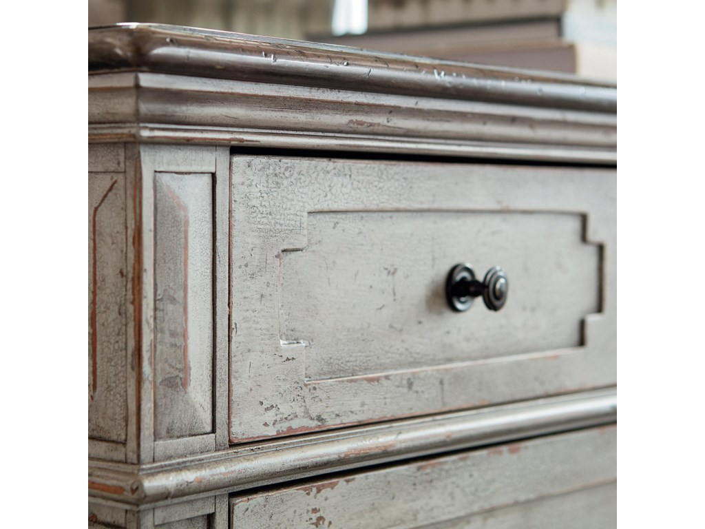 Bassett VeronaQueen Bed, Dresser, Mirror, & Nightstand