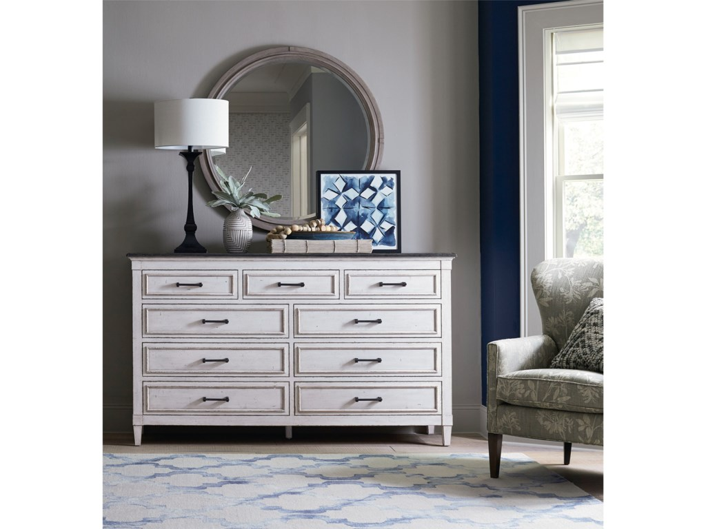 Bassett BellaDresser and Mirror Set