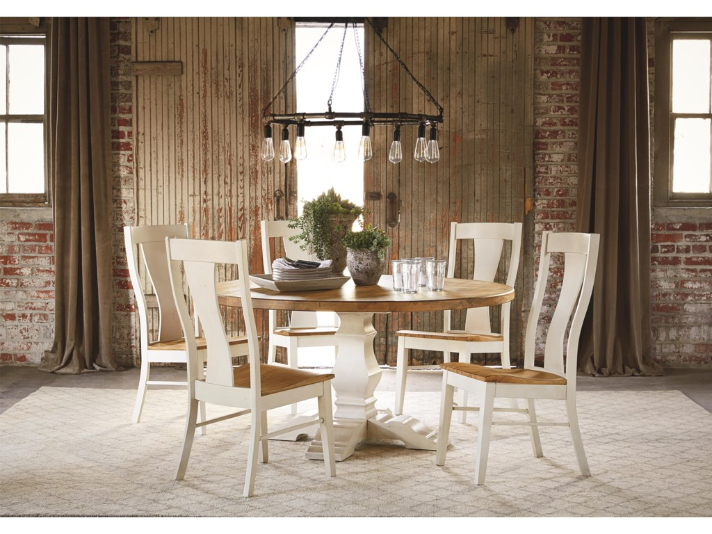 Bassett Bench MadeSix Person Round Table Set