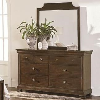 Bassett ChateauDresser and Mirror Set