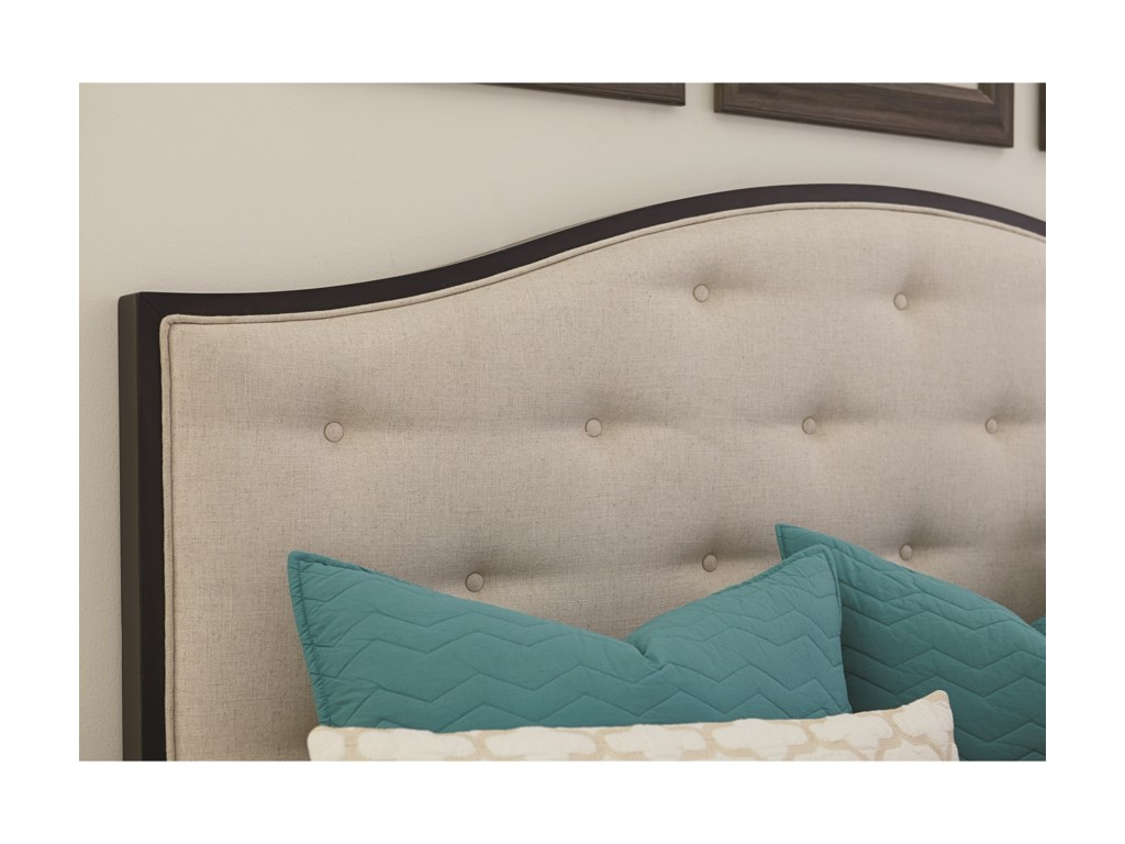 Bassett CommonwealthComplete King Upholstered Bed